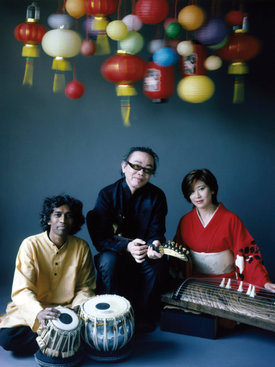Prabhu Edouard, Nguyên Lê, Mieko Miyazaki - ©ACT / Nathalie Rozé